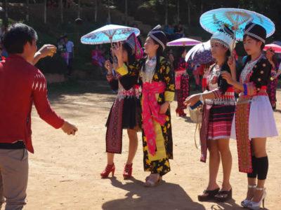 モン(Hmong)族の若者たちのお正月