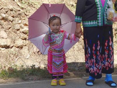 モン(Hmong)族の子どもたちのお正月