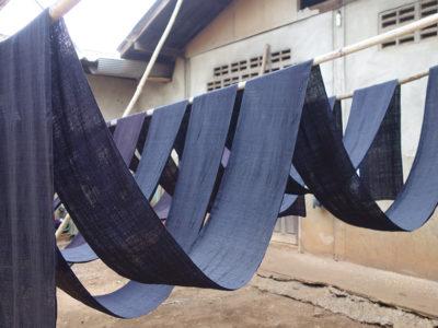 モン(Hmong)族の藍染め